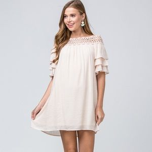 Entro off the shoulder dress! Obsessed with this!